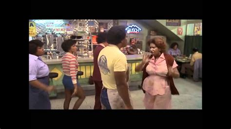 The Blues Brothers - Aretha Franklin - YouTube