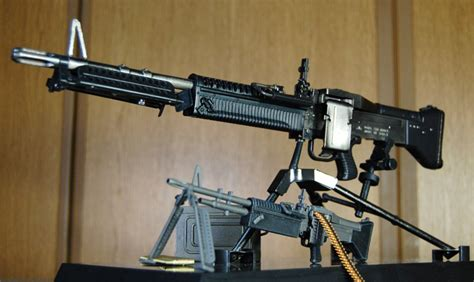 1/3 M60LMG MODEL GUN with DDあや、フェミ