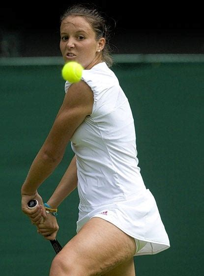 BBC tennis commentator says sorry to Laura Robson for